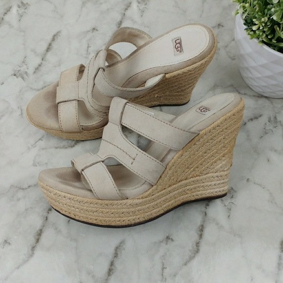 UGG TAWNIE wedge leather sandals Sand color